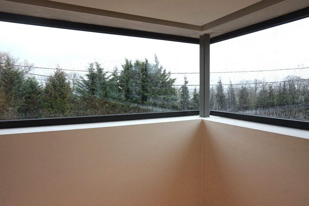 Angle vitré architecture